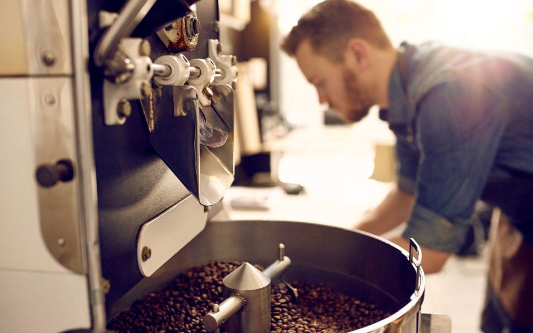 Honnan indul egy kávépincér útja? És mi kell ahhoz, hogy valakiből profi legyen?