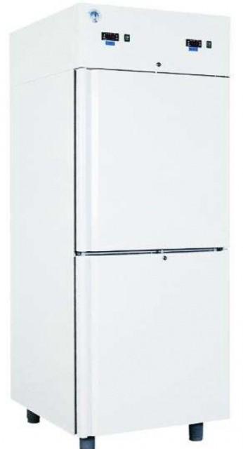 Két teleajtós hűtőszekrény Gn 2/1 polcokkal, bruttó 700 l, fehér festett külsővel COMBI CF700